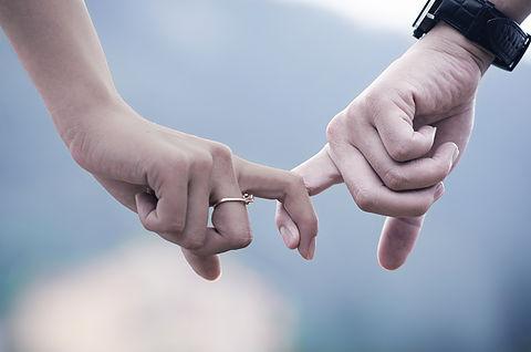 Консултиране и терапия на двойки